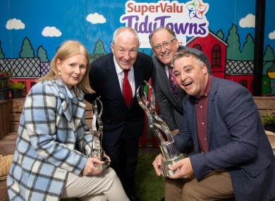 Louise Duffy, Glaslough Tidy Town's coordinator; Minister Michael Ring; Martin Kelleher, Managing Director at SuperValu; and Gareth Corrigan, chairperson of Glaslough Tidy Town's Committee at last year's ceremony.