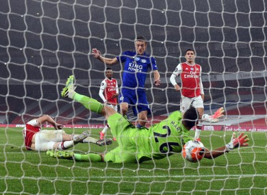 Jamie Vardy scores his side's late equaliser.