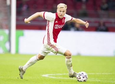 Van de Beek will strenghten United's midfield.