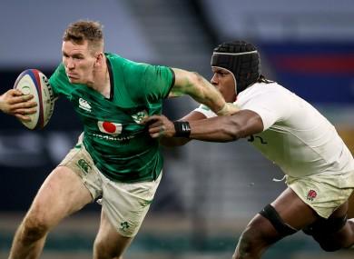 Chris Farrell battles with Maro Itoje.