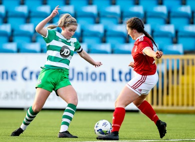 Jessie Stapleton (left) competes with Jess Redfern during last month's FAI U17 league final.