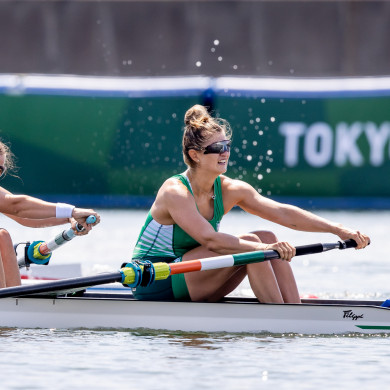 Monika Dukarska and Aileen Crowley on the water for Ireland.
